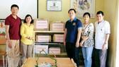 Tặng tủ sách Đinh Hữu Dư cho học sinh tỉnh Yên Bái