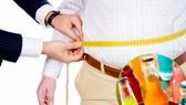 Có nhiều nguyên nhân dẫn đến béo phì như chế độ ăn uống nhiều tinh bột, lười vận động…