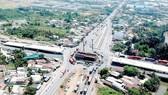 Nút giao thông Mỹ Thủy đang xây dựng để giải quyết ùn ứ giao thông tại khu vực Cát Lái. Ảnh: THÀNH TRÍ