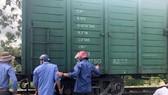 Tàu trật bánh ở Đồng Nai, nhiều chuyến tàu Bắc - Nam chậm giờ