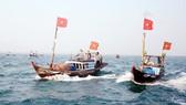 Ngư dân miền Trung ra khơi. Ảnh: NGUYÊN KHÔI