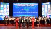 FE CREDIT lọt vào Top 10 Hàng Việt tốt vì quyền lợi người tiêu dùng 2019