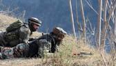 Ấn Độ - Pakistan pháo kích lẫn nhau