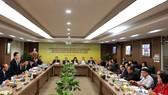 Chủ tịch HĐQT kiêm Tổng giám đốc Tập đoàn T&T Group Đỗ Quang Hiển phát biểu chào mừng các đại sứ, trưởng cơ quan đại diện của Việt Nam tại nước ngoài