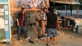 Thái Lan truy lùng binh sĩ bắn chết 17 người