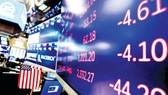 Thị trường chứng khoán Mỹ, châu Âu trái chiều