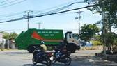 Sớm tháo gỡ khó khăn cho doanh nghiệp vận chuyển rác thải sinh hoạt