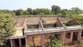 Công trình trạm xử lý nước thải của CCN Tân An thi công dở dang rồi bỏ hoang, khiến nhiều hạng mục xuống cấp trầm trọng