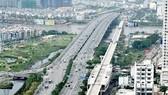 Tuyến metro Bến Thành - Suối Tiên đoạn qua sông Sài Gòn. Ảnh: THÀNH TRÍ