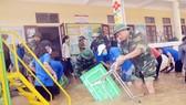 Bộ đội Biên phòng giúp các trường học khắc phục hậu quả mưa lũ