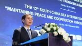 Thứ trưởng Thường trực Bộ ngoại giao Bùi Thanh Sơn phát biểu tại Hội thảo khoa học quốc tế về biển Đông lần thứ 12. Ảnh: TTXVN