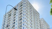 Công ty CP ĐT và PT Địa ốc Khang Gia (Tân Phú) có 230 căn hộ đang thế chấp quyền sử dụng đất  ở ngân hàng. Ảnh: CAO THĂNG