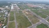 Đất chưa xây dựng tại khu đô thị Đông Tăng Long, quận 9. Ảnh: CAO THĂNG