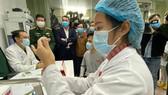 Ba tình nguyện viên tiêm vaccine Nano Covax đều khỏe mạnh