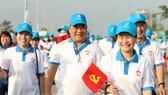 Chủ tịch HĐND TPHCM Nguyễn Thị Lệ đi bộ gây quỹ chăm lo cho người nghèo