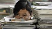Gánh nặng học tập, một trong những nguyên nhân tước bớt giờ ngủ của học sinh Trung Quốc