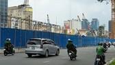 Công tác gỡ bỏ rào chắn và tái lập mặt đường Lê Lợi sẽ hoàn thành trước ngày 30-4, phục vụ người dân nghỉ lễ