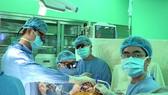 Một ca phẫu thuật cho bệnh nhân bị suy tim tại Bệnh viện Đại học Y Dược TPHCM