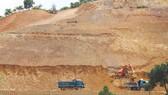 Cả ngọn đồi tại xã Mê Linh, huyện Lâm Hà (Lâm Đồng) bị san ủi, khai thác đất