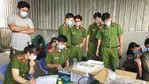 Lực lượng chức năng xử lý vụ tôm sử dụng tạp chất ở Cà Mau