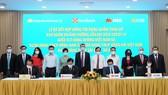 Vietnam Airlines ký kết hợp đồng tín dụng với SeABank, MSB và SHB với tổng số tiền 4.000 tỷ đồng. Ảnh: VGP