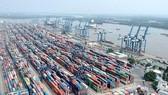 Cảng Cát Lái quá tải hàng tồn kho