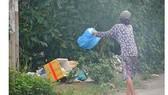 Cần mạnh tay với hành vi xả rác