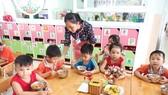 Áp dụng chuẩn nghề nghiệp để nâng chất giáo dục mầm non