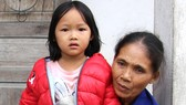 Hai bà cháu khổ nghèo, không nơi nương tựa