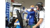 Tăng chế tài xử lý gian lận thương mại xăng dầu