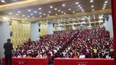"""Hàng ngàn học sinh của các trường THPT đã được tham quan, tìm hiểu và vui chơi trong chương trình """"HIU Open Day"""" - Ngày hội thông tin."""