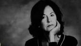 Nữ nhà thơ Louise Gluck. Ảnh: The Guardian