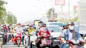 Kiểm soát khí thải từ xe gắn máy: Cần giải pháp khả thi hỗ trợ người nghèo