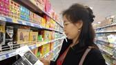 Người tiêu dùng mua hàng nhãn riêng Co.opmart