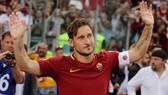 Totti trong ngày chia tay Roma.