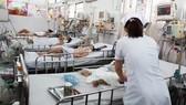 Báo động gia tăng trẻ viêm phổi do virus RSV