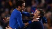 Neymar và HLV Enrique khi còn làm việc chung ở Barcelona