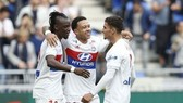 Các cầu thủ Lyon ăn mừng chiến thắng trước Nantes