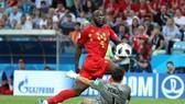 Romelo Lukaku ghi cú đúp cho tuyển Bỉ.