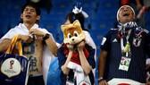 Người hâm mộ Nhật Bản nức nở trên khán đài sân Rostov