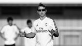 HLV Julen Lopetegui trên sân tập Real Madrid.