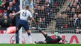Eric Dier ghi bàn thắng cận thành cho chủ nhà Tottenham.
