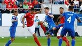 ICELAND - THỤY SĨ (lượt đi 0-6): Quật khởi ở Reykjavik