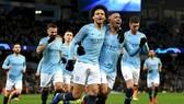 Các cầu thũ Man City ăn mừng thắng lợi