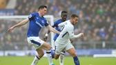 """Các hậu ver65 Everton sẽ lại """"bu"""" quanh Eden Hazard."""