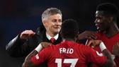 Diego Forlan: Solskjaer đỏ vận sẽ giúp Man United đánh bại Barca