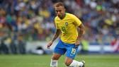 Everton Soares tỏa sáng ở Copa America.
