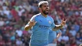 Sergio Aguero chạm mốc 400 bàn sau chiến thắng của Man City