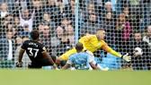 Kết quả, bảng xếp hạng Premier League (đêm 6-10): Man City thua thảm, tụt sau Liverpool 8 điểm