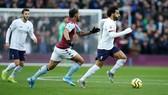Aston Villa - Liverpool 1-2: Robertson, Sadio Mane giúp Klopp thắng ngược phút chót
